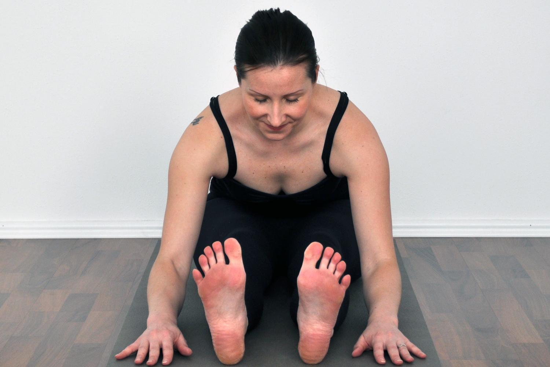 yoga seated forward bend gotta joga app