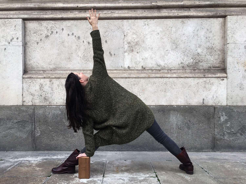 triangle pose trikonasana gotta yoga block