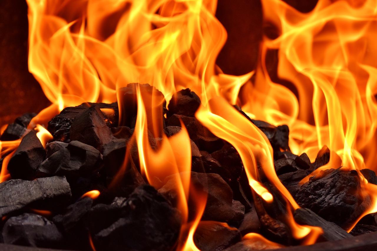 fire-2900588_1280